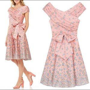 NWT Gal Meets Glam Lillian Pink Floral Dress